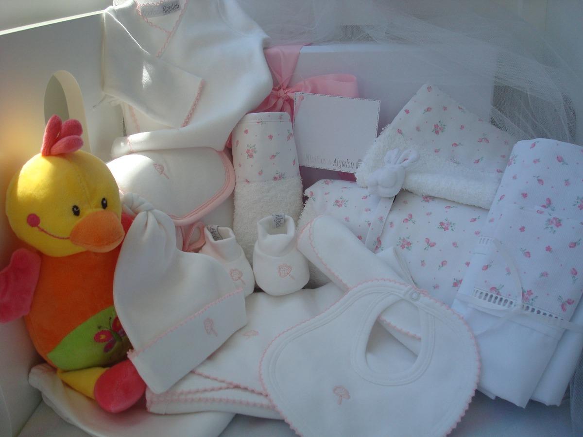 ¿Qué ropa comprarle a mi bebé  - Ser Padres Primerizos f03599985a32
